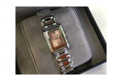 腕時計のFENDI