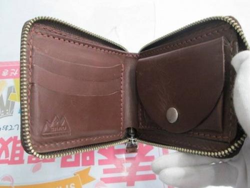 二つ折り財布のSAAD