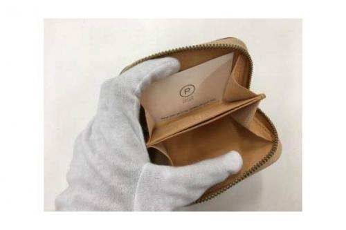 ミニ財布のPORCO ROSSO