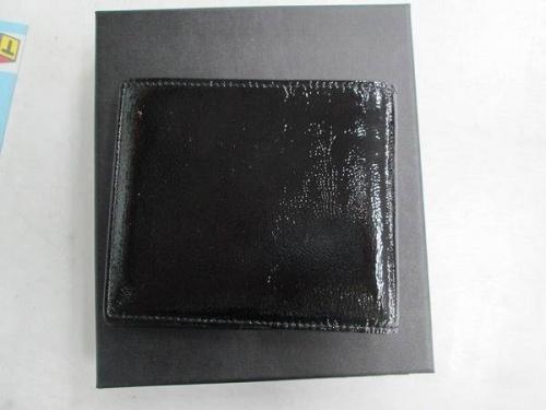 財布の二つ折り財布
