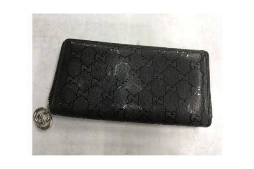 ブランド・ラグジュアリーのラウンドファスナー財布