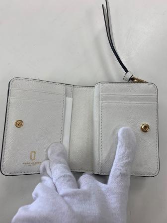 財布のマークジェイコブス