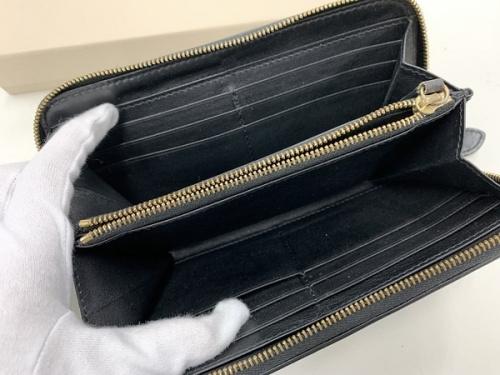 長財布のバーバリー