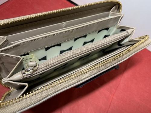 財布のケイトスペード