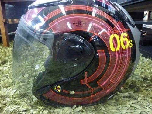 トレーニングギアのヘルメット