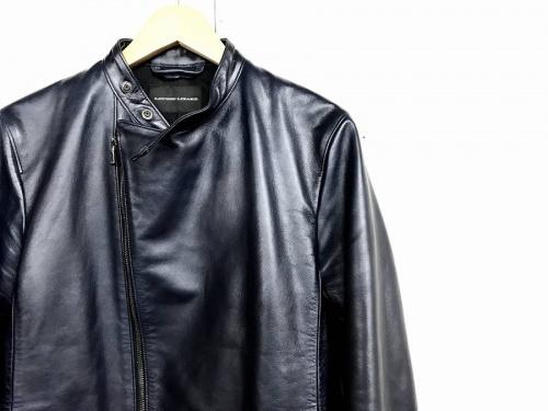 ジャケットのLOUNGE LIZARD