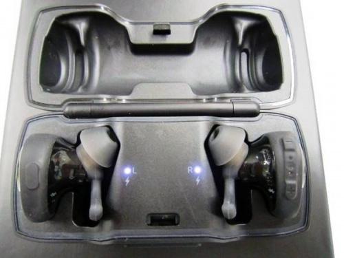 オーディオのワイヤレスイヤホン