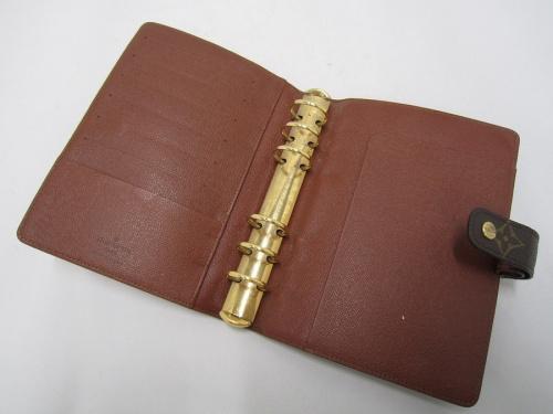 LOUIS VUITTONの手帳カバー