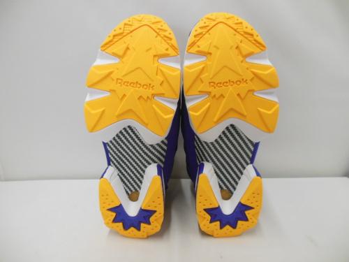リーボックの靴