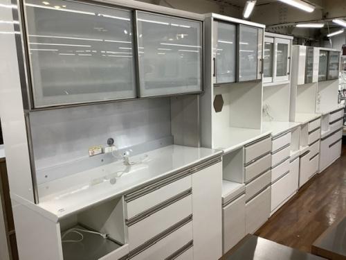 家具のカップボード・食器棚