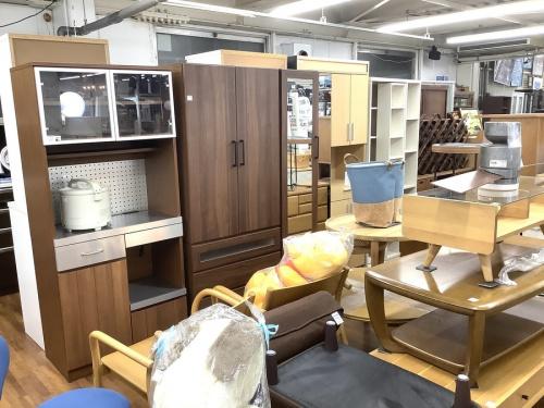 コートハンガー 買取のkarimoku 家具