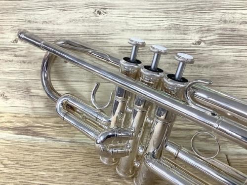 管楽器のトランペット