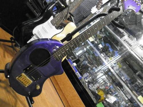 楽器のエレキギター