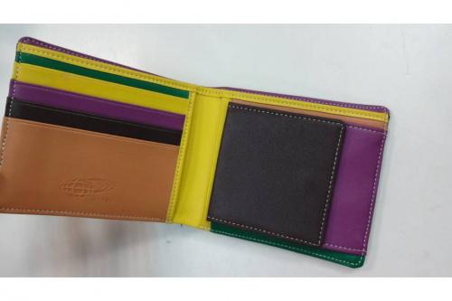 財布のBEAMS