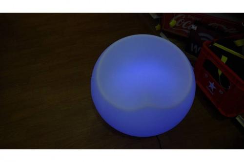 間接照明のデザインチェア