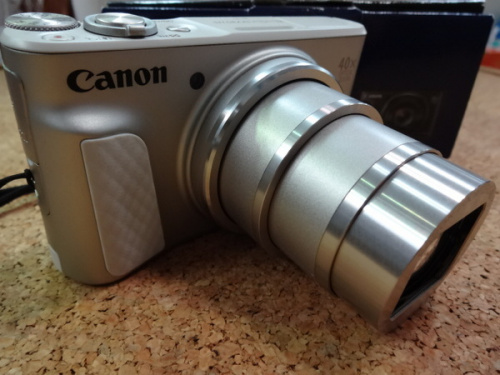 コンパクトカメラのキャノン
