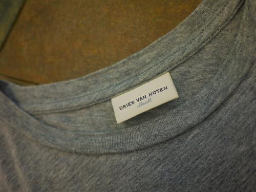 TシャツのDRIES VAN NOTEN