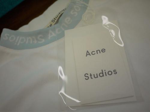 ACNE STUDIOSのモード系