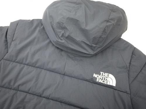 中綿ジャケットのトランゴパーカー