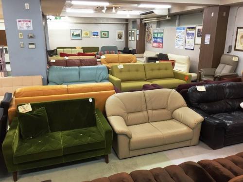 カウチソファーの町田家具