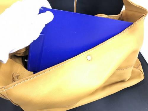 メッセンジャーバッグのショルダーバッグ