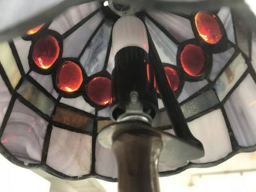 テーブルスタンドライトの電球
