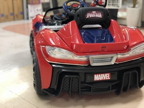 おもちゃのペダルカー
