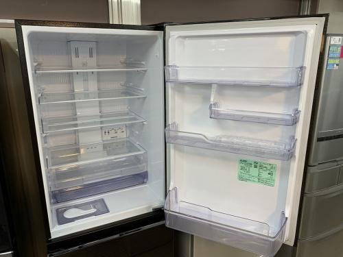 冷蔵庫の木目調3ドア冷蔵庫