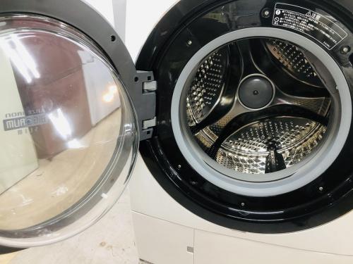 ドラム式洗濯機のHITACHI 日立