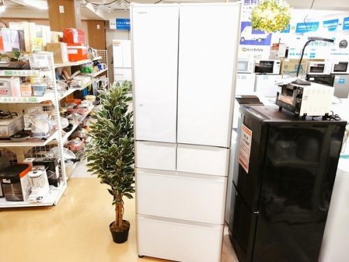大型冷蔵庫 中古の6ドア冷蔵庫