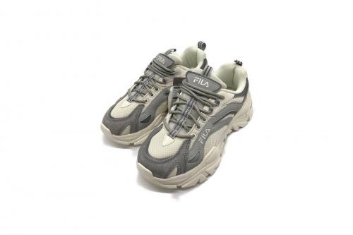 靴 スニーカー 中古 買取のFILA