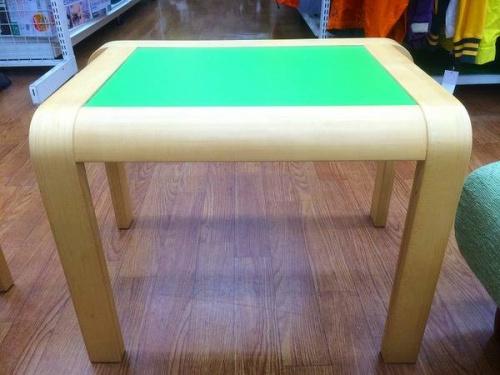 テーブルのピッコラテーブル