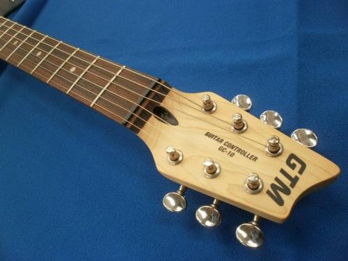 ギターのローランド