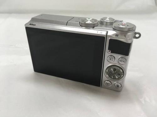 ニコンのミラーレス一眼カメラ