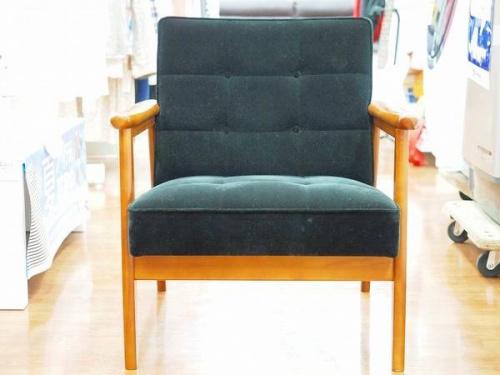 特選家具のカリモク60
