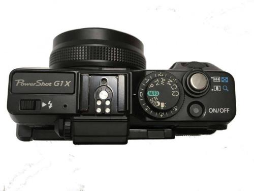 キャノンのコンパクトデジタルカメラ
