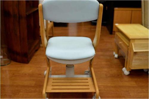 中古 学習机椅子の中古 子供イス