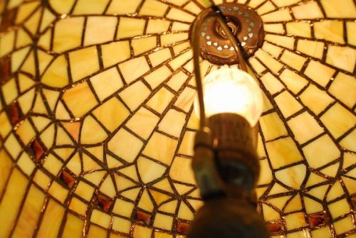 ステンドグラスの照明