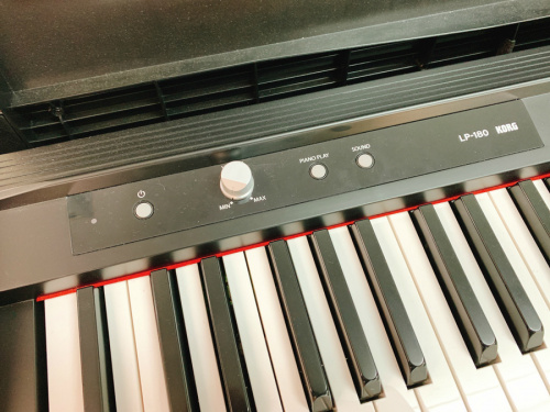 電子ピアノのKORG コルグ