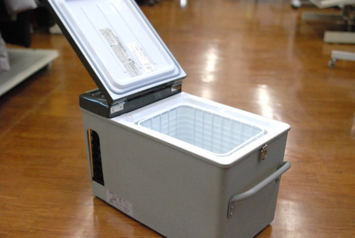 冷蔵庫の車載用電気冷蔵庫