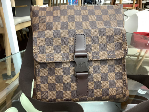 LOUIS VUITTON(ルイヴィトン)のメルヴィール