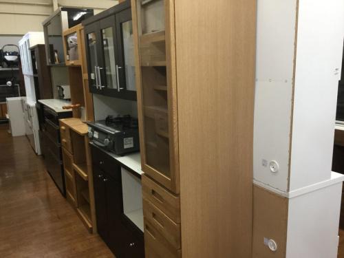 食器棚の生活家具