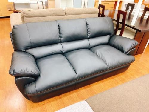 3人掛けソファの半皮