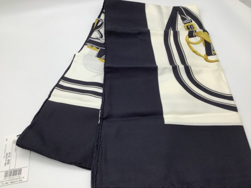 スカーフの服飾小物