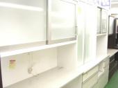 食器棚のカップボード