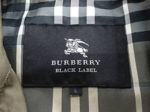 草加衣類のBURBERRY BLACK LABEL
