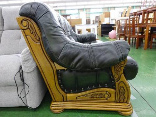 ソファーの草加家具