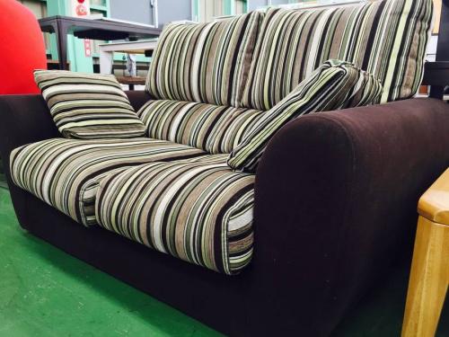 3人掛けソファーのソファー