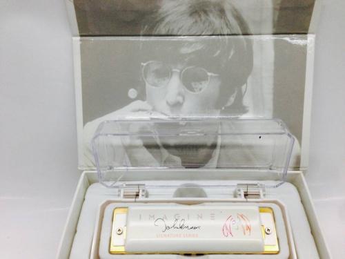 ジョン・レノンのJohn Lennon