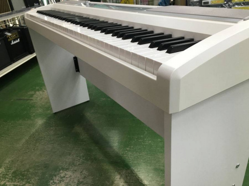 コルグの電子ピアノ